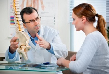 Should I Go to the Chiropractor or the Doctor?